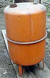 Depósito de noventa litros con el que hicimos nuestro calefactor